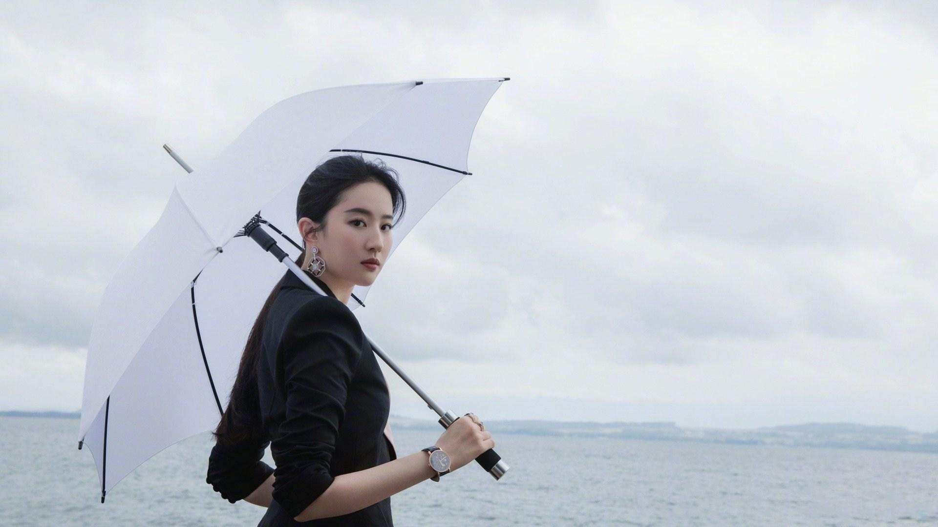 刘亦菲:西子湖畔的神仙姐姐